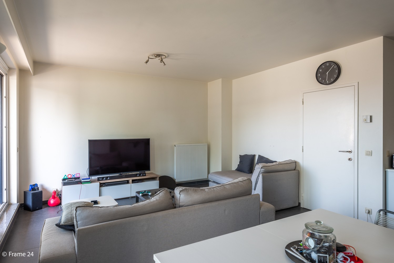 Instapklaar appartement op de eerste verdieping met twee slaapkamers en ruim terras (18m²) te Wommelgem! afbeelding 6