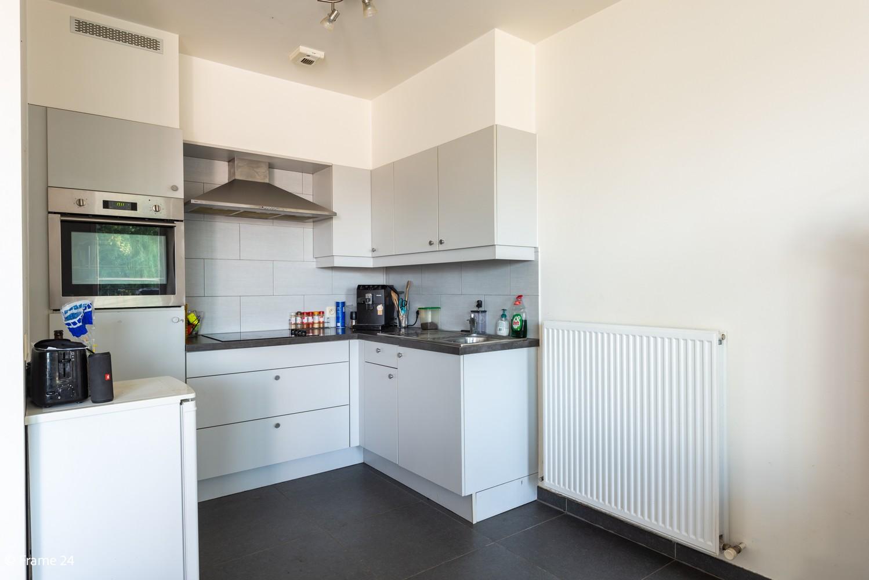 Instapklaar appartement op de eerste verdieping met twee slaapkamers en ruim terras (18m²) te Wommelgem! afbeelding 7