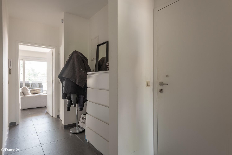 Instapklaar appartement op de eerste verdieping met twee slaapkamers en ruim terras (18m²) te Wommelgem! afbeelding 13