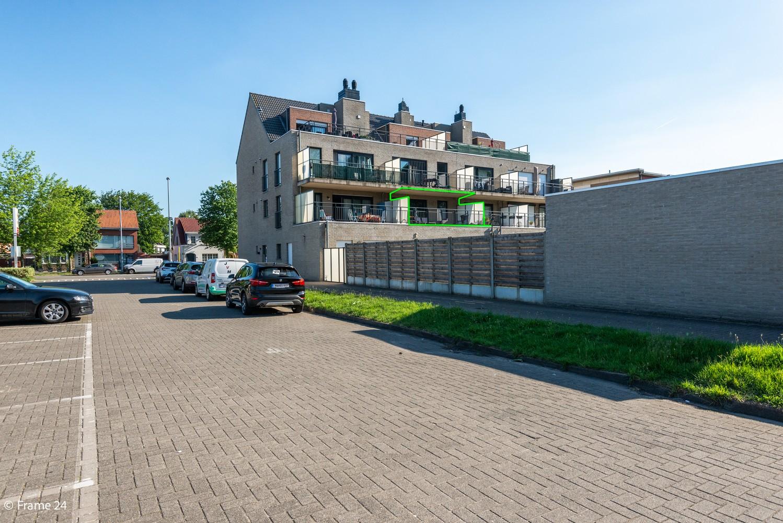 Instapklaar appartement op de eerste verdieping met twee slaapkamers en ruim terras (18m²) te Wommelgem! afbeelding 15