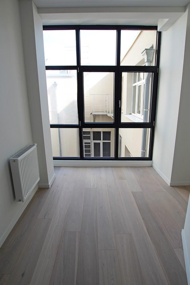 Stijlvol gerenoveerd appartement met twee slaapkamers en prachtig terras (28 m²) in het hartje van Antwerpen! afbeelding 8