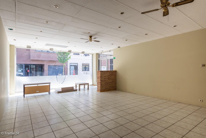 Handelsruimte (208 m²) op commerciële locatie te Ekeren! afbeelding 5