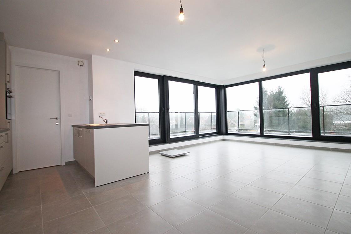 Prachtig, hedendaags penthouse met 2 ruime terrassen gelegen in Zandhoven! afbeelding 2