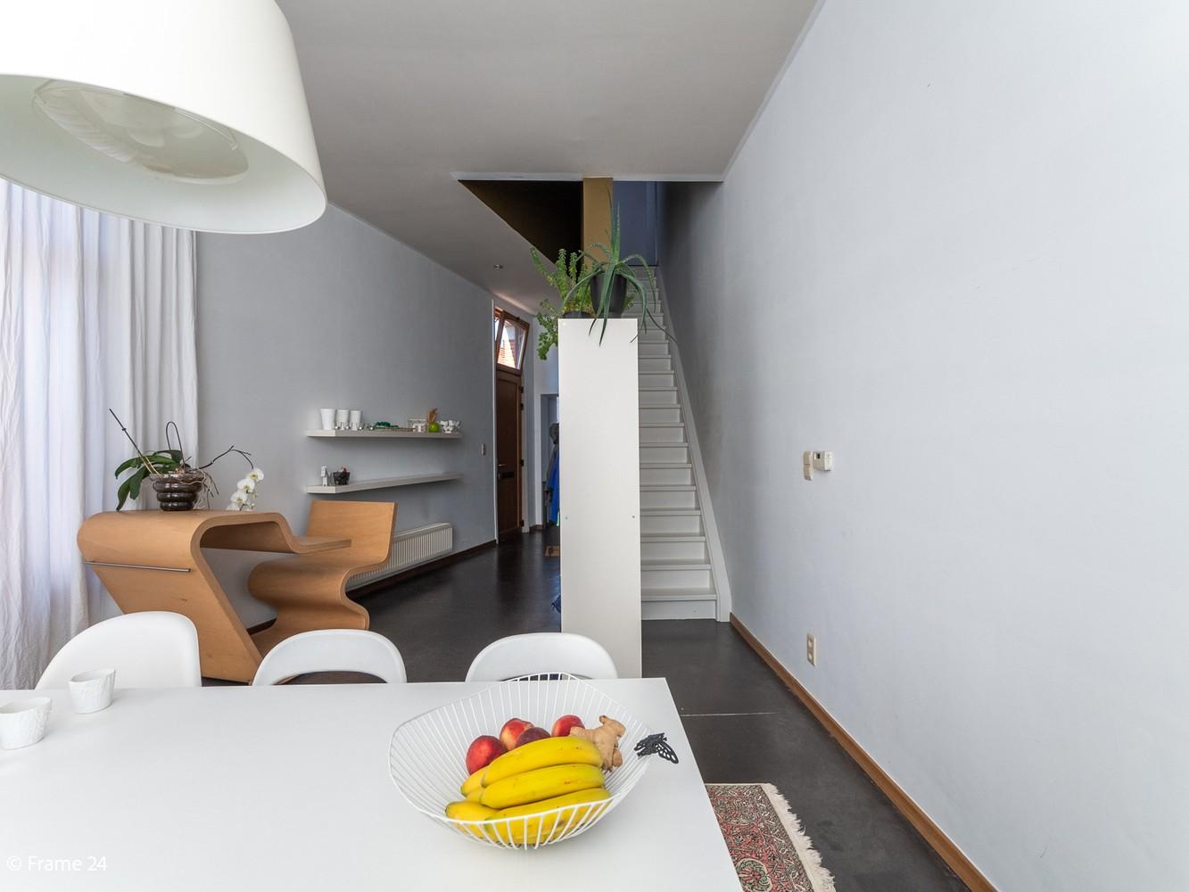 Volledig gerenoveerde charmante woning gelegen te Merksem! afbeelding 9