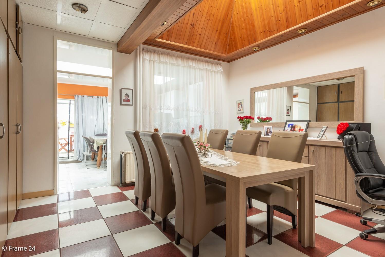 Deels te renoveren woning (150 m²) met 4 slks te Antwerpen! afbeelding 4