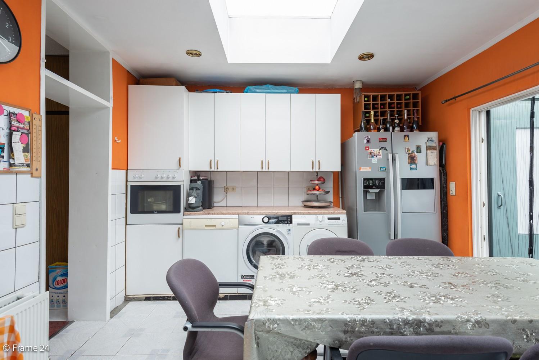 Deels te renoveren woning (150 m²) met 4 slks te Antwerpen! afbeelding 7