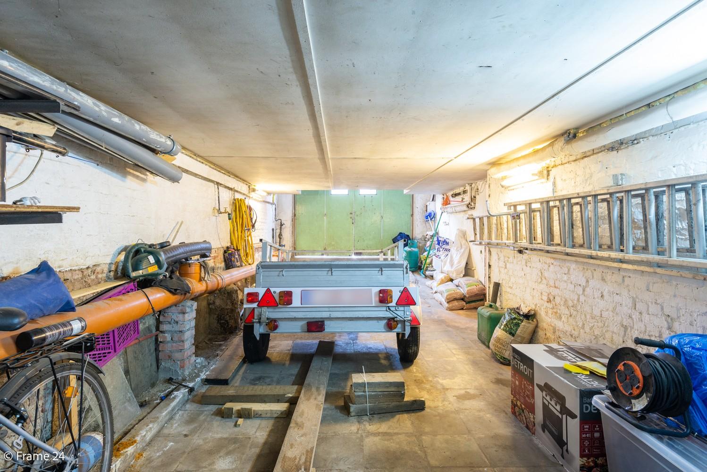 Deels te renoveren woning (150 m²) met 4 slks te Antwerpen! afbeelding 19