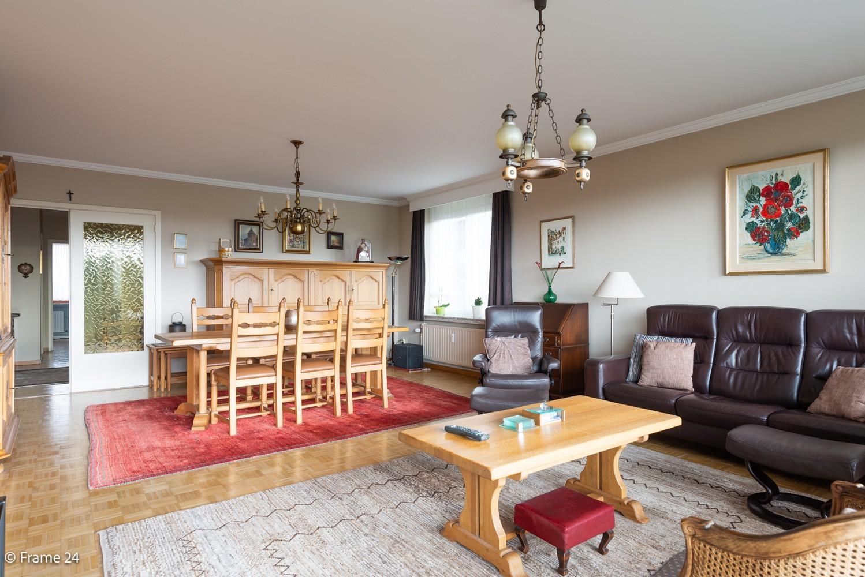 Ruim  en licht appartement (93 m²) met 3 slaapkamers op centrale locatie te Borgerhout! afbeelding 6