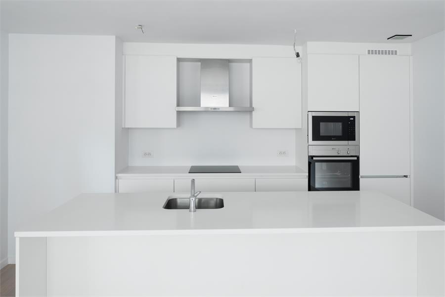 Nieuw en stijlvol duplex-appartement met luxueuze afwerking en riant dakterras (40 m²) te Antwerpen! afbeelding 6
