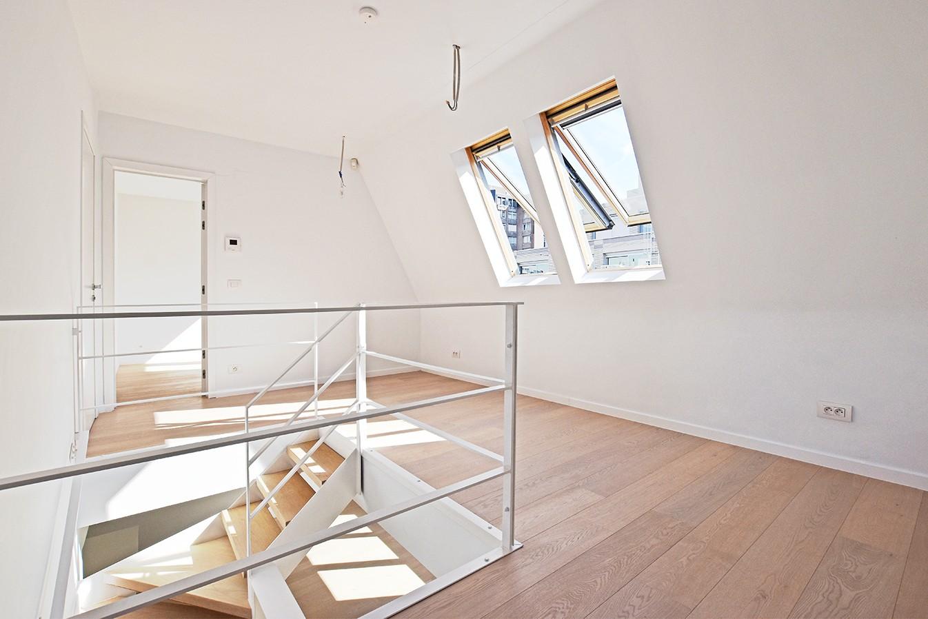 Nieuw en stijlvol duplex-appartement met luxueuze afwerking en riant dakterras (40 m²) te Antwerpen! afbeelding 7