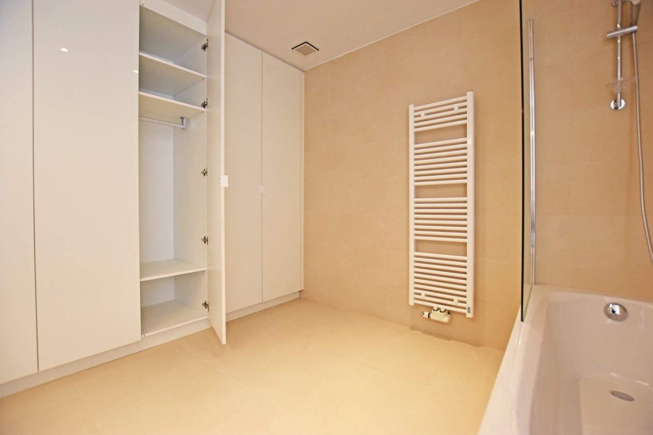 Nieuw en stijlvol duplex-appartement met luxueuze afwerking en riant dakterras (40 m²) te Antwerpen! afbeelding 11