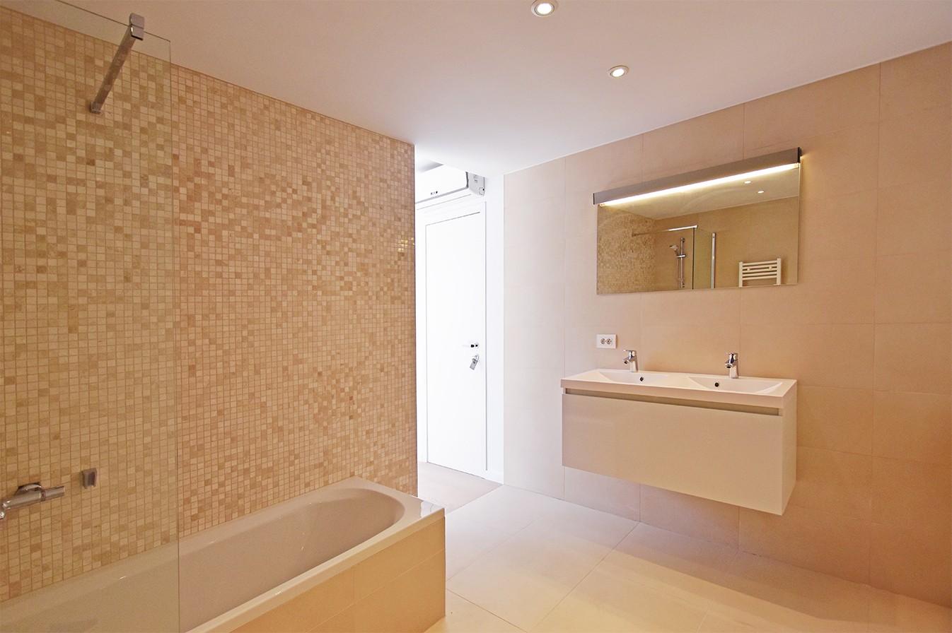 Nieuw en stijlvol duplex-appartement met luxueuze afwerking en riant dakterras (40 m²) te Antwerpen! afbeelding 10