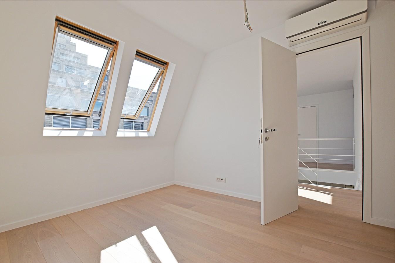 Nieuw en stijlvol duplex-appartement met luxueuze afwerking en riant dakterras (40 m²) te Antwerpen! afbeelding 13