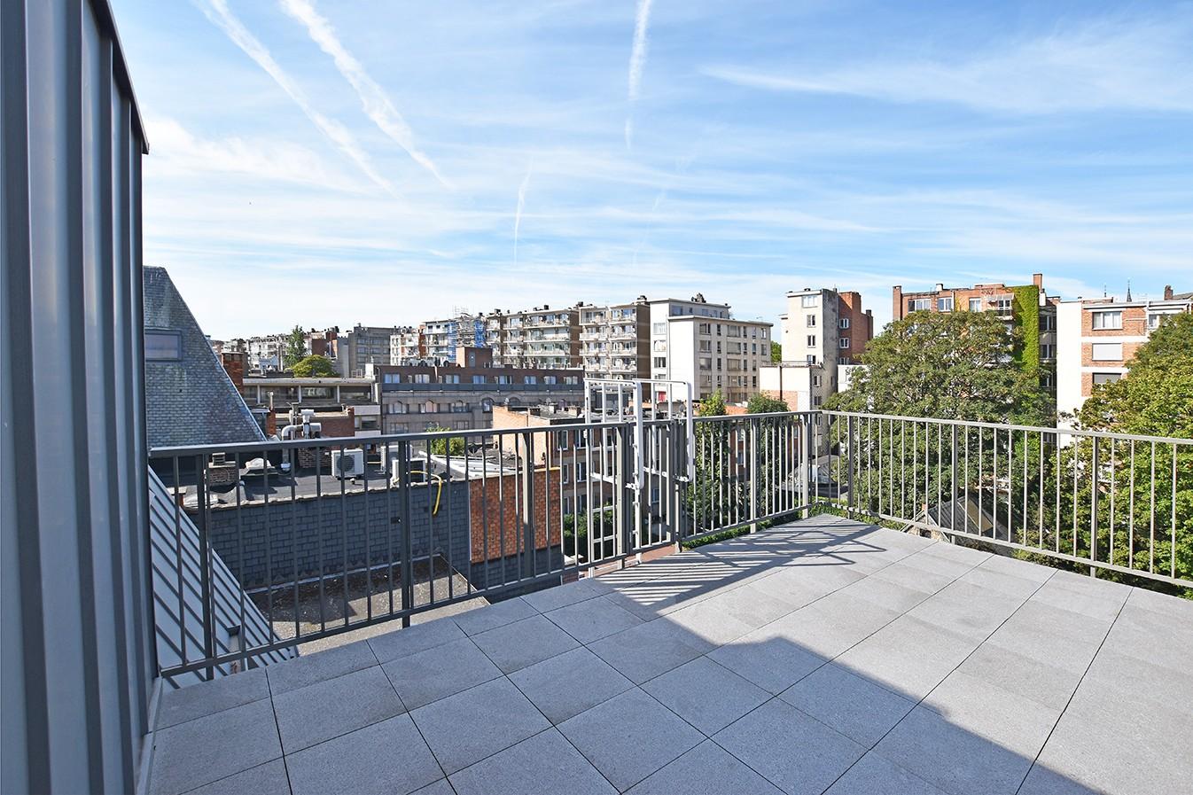Nieuw en stijlvol duplex-appartement met luxueuze afwerking en riant dakterras (40 m²) te Antwerpen! afbeelding 18