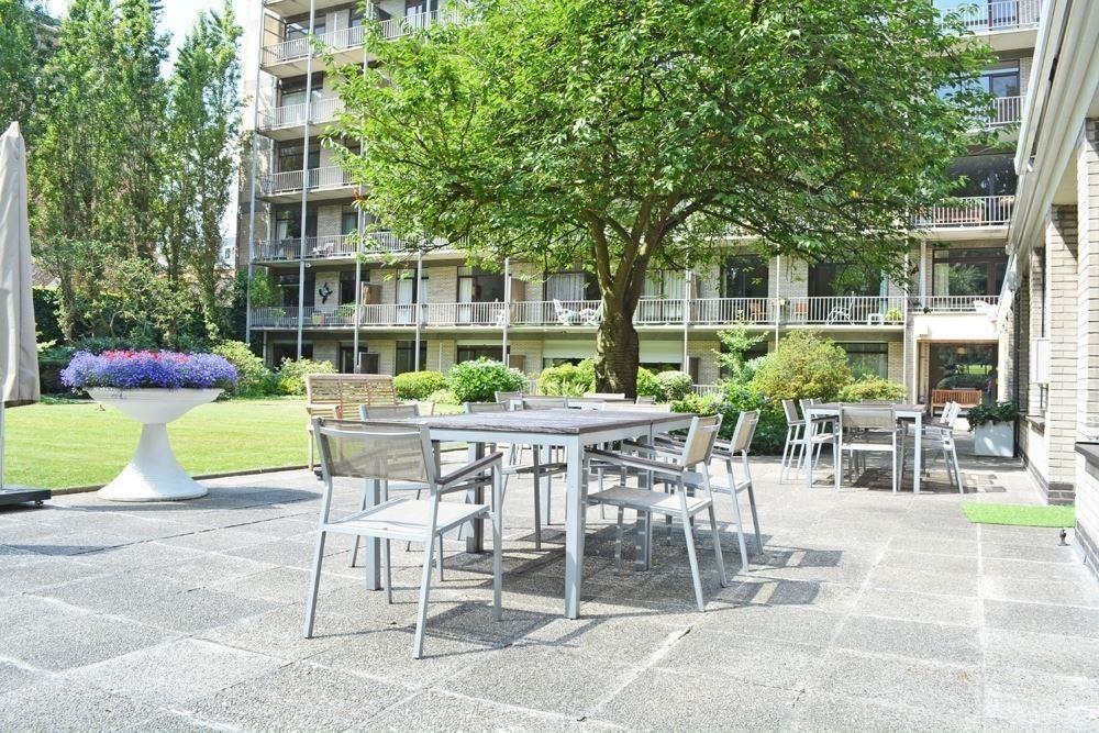 Goed onderhouden verhuurde serviceflat (58 m²) in vooraanstaande residentie te Antwerpen! afbeelding 4