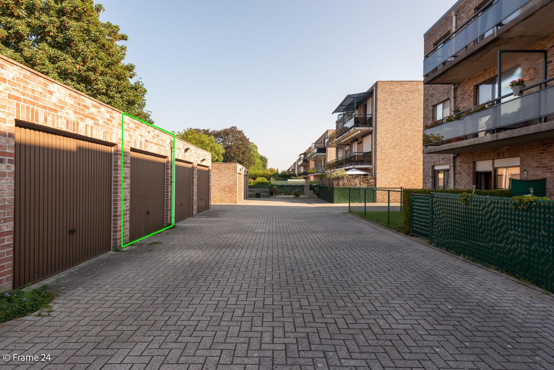 Instapklaar appartement (91 m²) met twee slaapkamers, terras en garage op goede locatie te Wommelgem! afbeelding 16