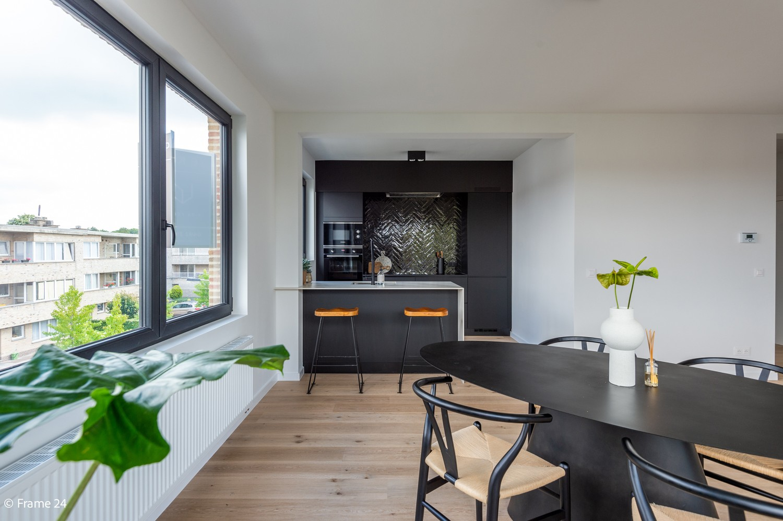 Gerenoveerd & stylish appartement te Edegem! afbeelding 2