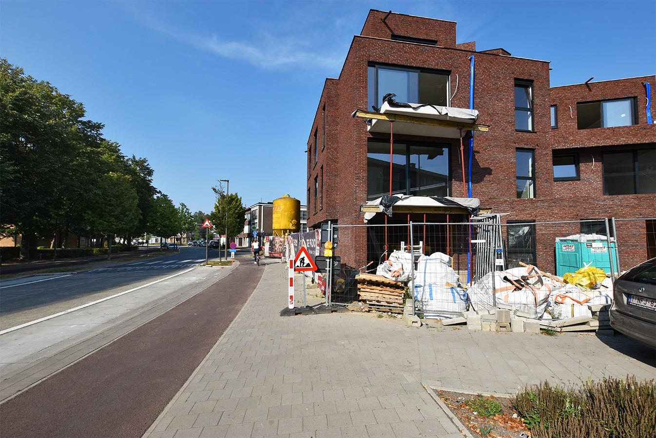 Gelijkvloers appartement met drie slaapkamers in een hedendaags nieuwbouwproject te Deurne! afbeelding 2