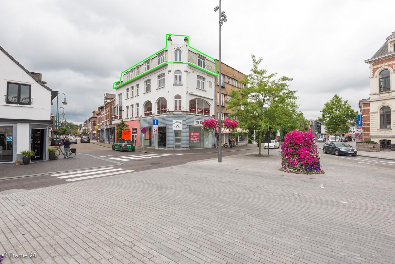 Appartement met 2 slaapkamers (95 m²) in centrum Kapellen! afbeelding 1
