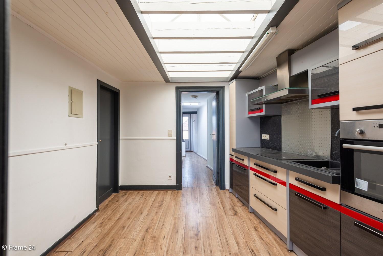 Appartement met 2 slaapkamers (95 m²) in centrum Kapellen! afbeelding 3