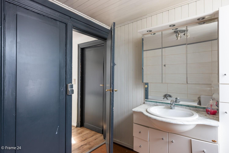 Appartement met 2 slaapkamers (95 m²) in centrum Kapellen! afbeelding 12