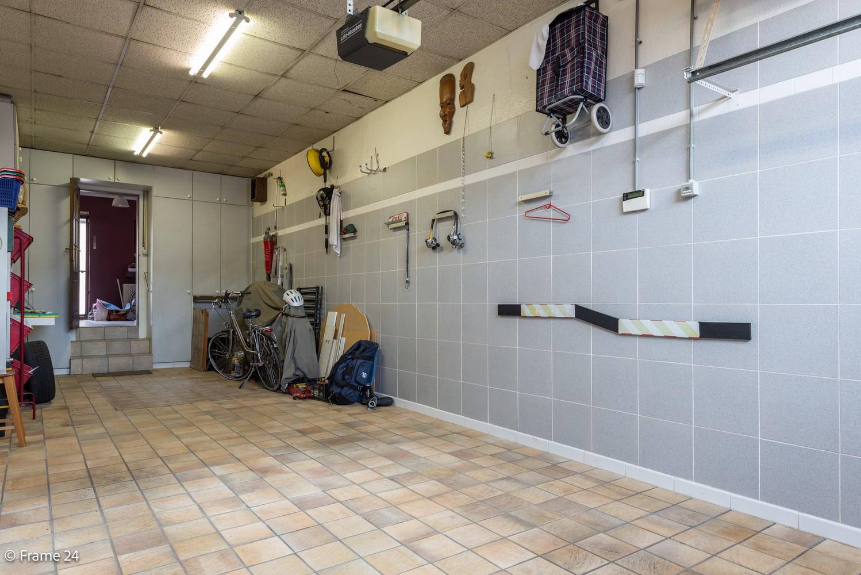 Handelspand met ruime woonst (230 m²) op centrale ligging te Deurne! afbeelding 6