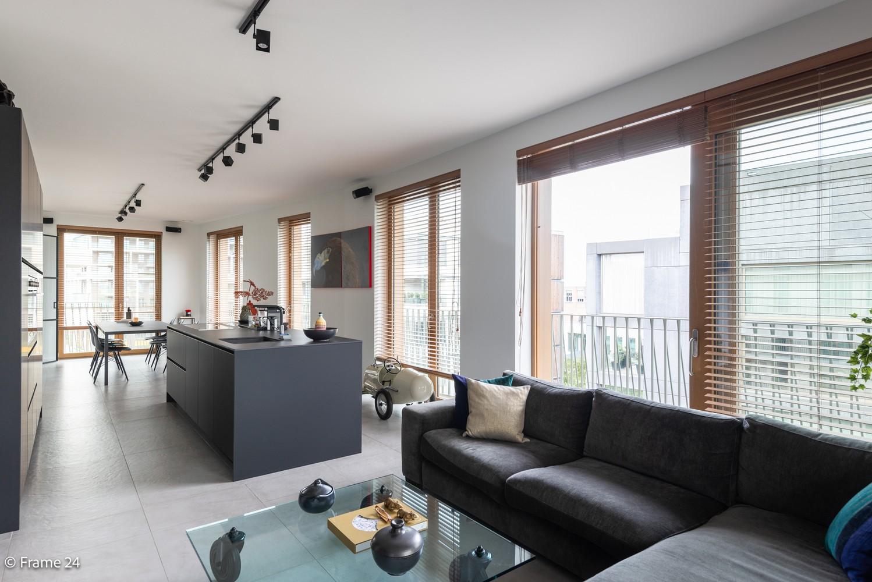 Riant luxe-appartement (160 m²) op het hippe Nieuwe Zuid te Antwerpen! afbeelding 4