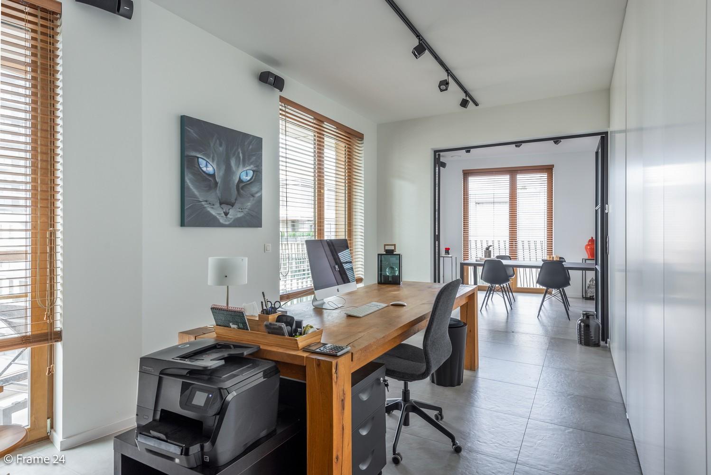 Riant luxe-appartement (160 m²) op het hippe Nieuwe Zuid te Antwerpen! afbeelding 11