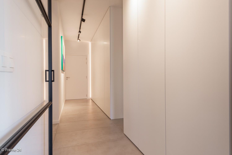 Riant luxe-appartement (160 m²) op het hippe Nieuwe Zuid te Antwerpen! afbeelding 13