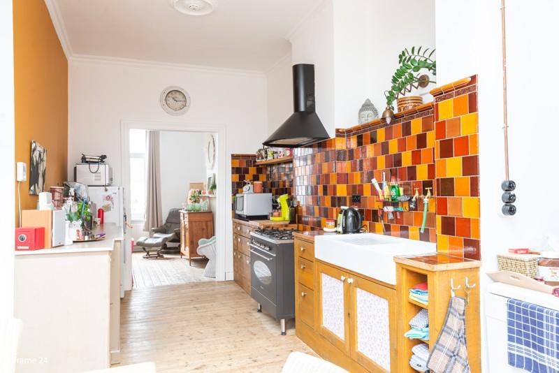 Unieke woning met een handelsgelijkvloers, duplex-appartement, achterhuis én terras in het hartje van Wijnegem! afbeelding 7