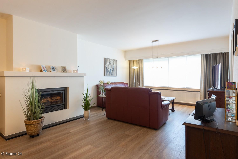 Ruim gelijkvloers appartement met 2 slaapkamers op een centrale locatie in Wijnegem! afbeelding 5