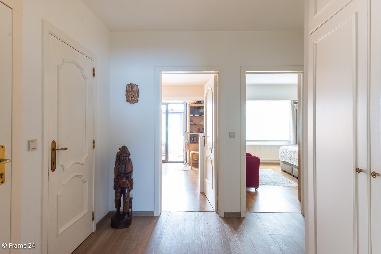 Ruim gelijkvloers appartement met 2 slaapkamers op een centrale locatie in Wijnegem! afbeelding 11