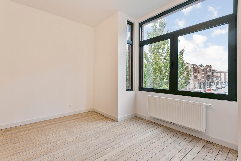 Stijlvol gerenoveerd appartement met één slaapkamer en terras te Merksem! afbeelding 13