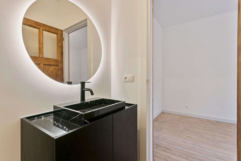 Stijlvol gerenoveerd appartement met één slaapkamer en terras te Merksem! afbeelding 14