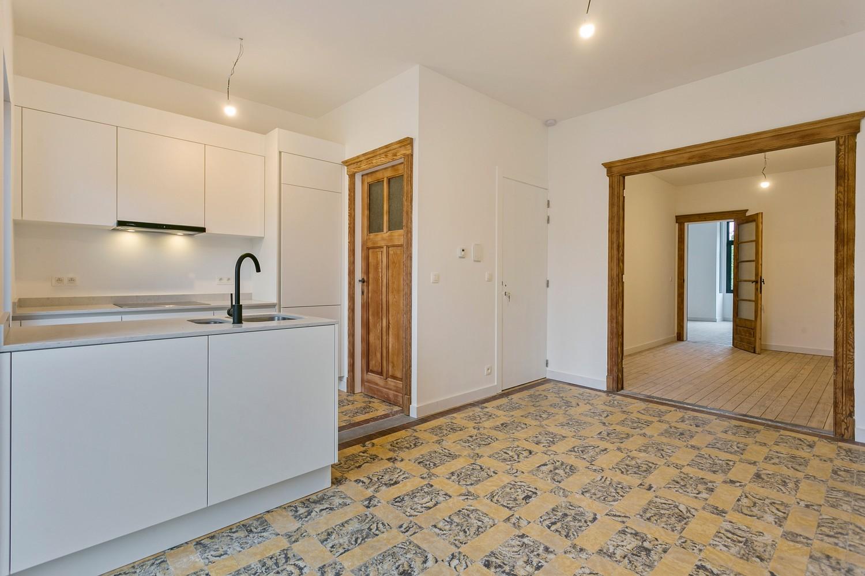 Stijlvol gerenoveerd appartement met één slaapkamer en terras te Merksem! afbeelding 2
