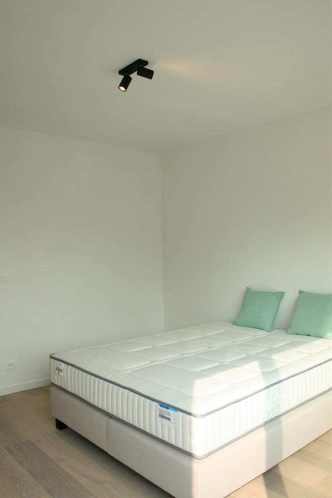 Prachtig gerenoveerd appartement met 2 slaapkamers op 99 m² afbeelding 7