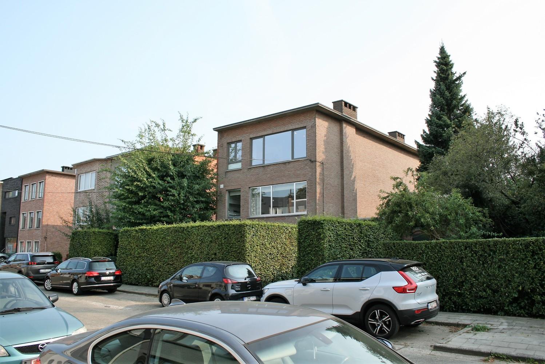 Prachtig gerenoveerd appartement met 2 slaapkamers op 99 m² afbeelding 12