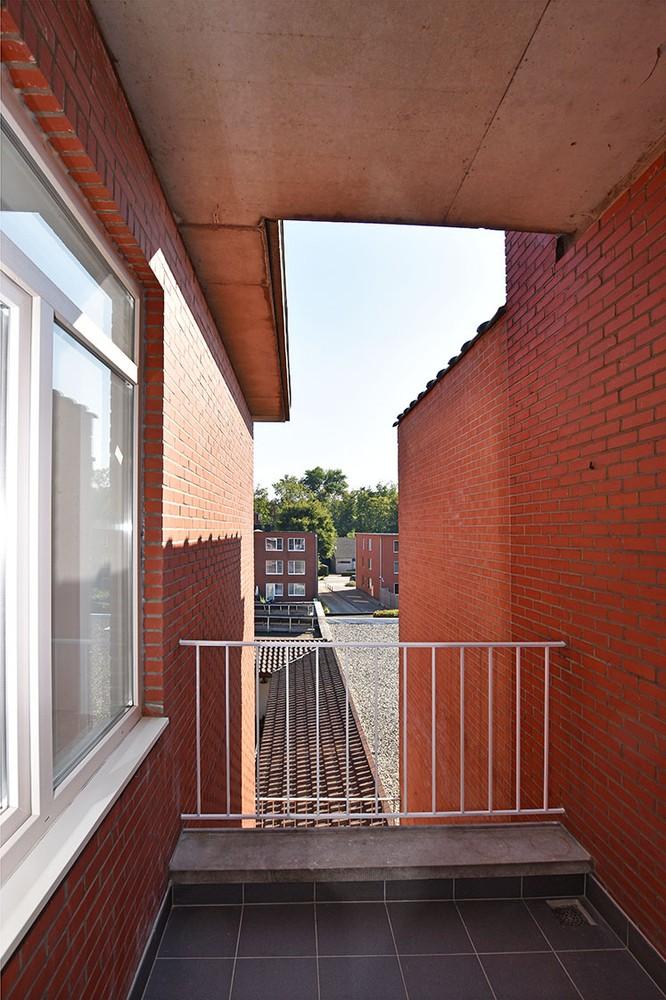 Zeer verzorgd appartement met twee slaapkamers op uiterst centrale locatie te Wijnegem! afbeelding 7
