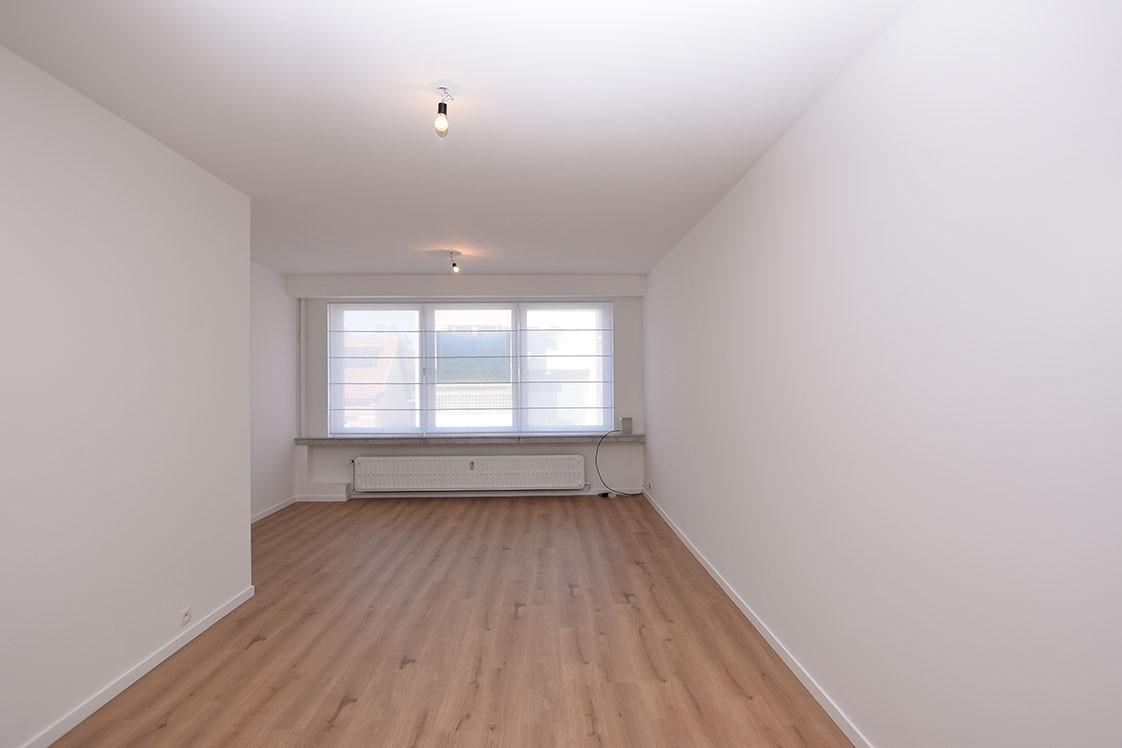 Zeer verzorgd appartement met twee slaapkamers op uiterst centrale locatie te Wijnegem! afbeelding 4