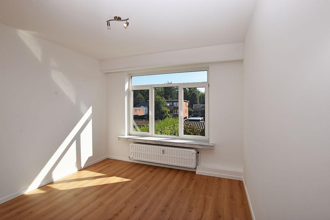 Zeer verzorgd appartement met twee slaapkamers op uiterst centrale locatie te Wijnegem! afbeelding 5