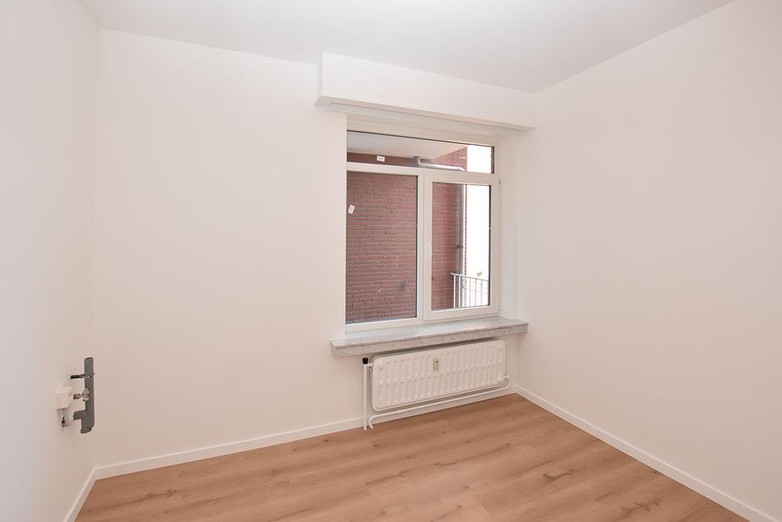 Zeer verzorgd appartement met twee slaapkamers op uiterst centrale locatie te Wijnegem! afbeelding 8