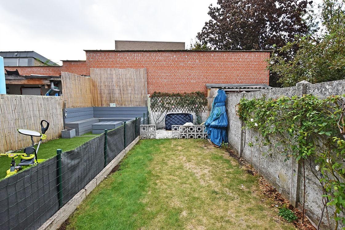 Deels te renoveren Confortawoning met twee slaapkamers en tuin te Deurne! afbeelding 8