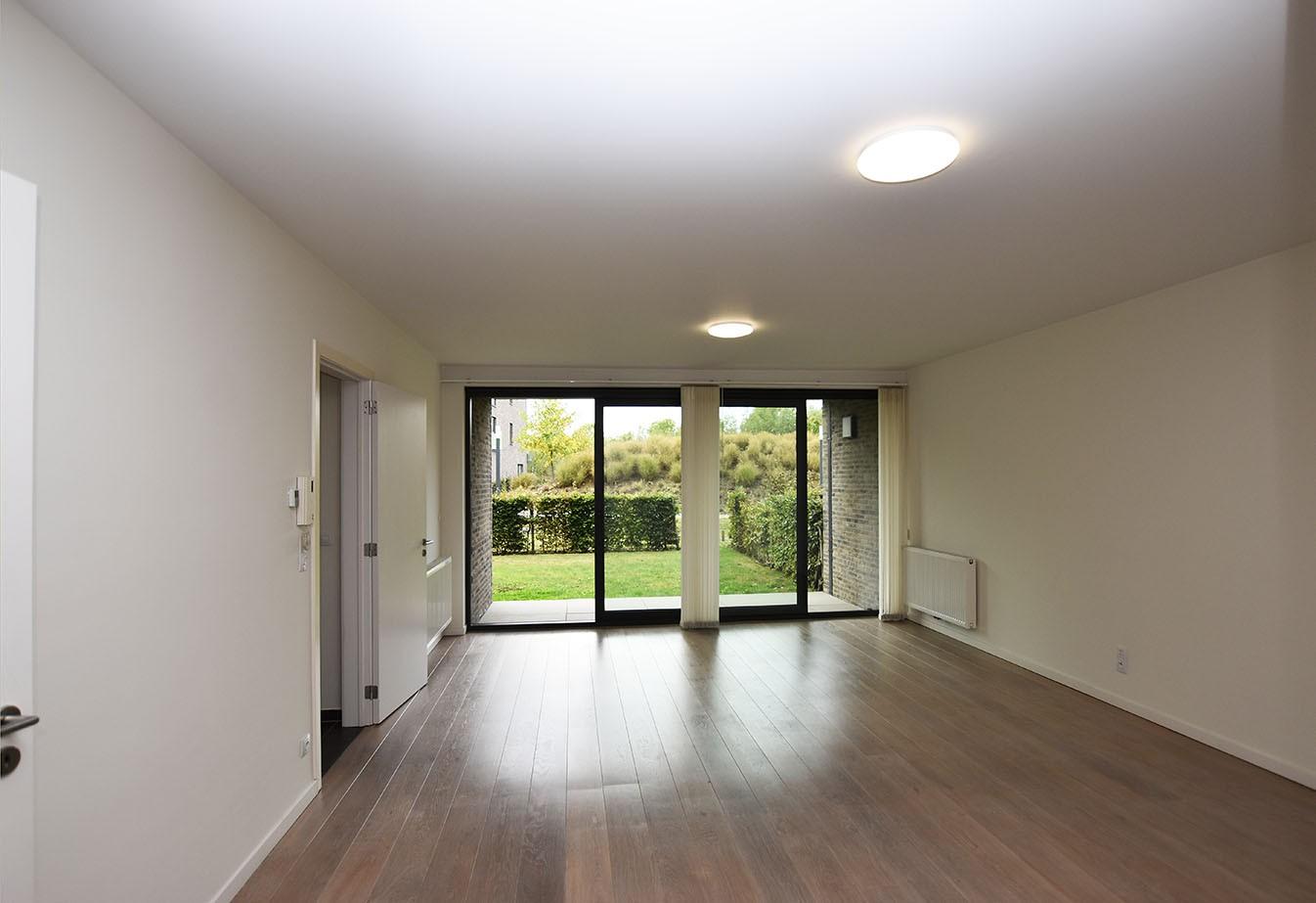 Recent gelijkvloers appartement met twee slaapkamers en tuin te Wijnegem! afbeelding 1