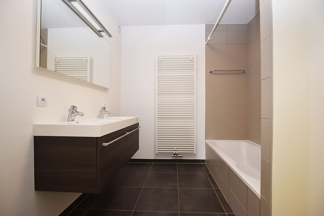 Recent gelijkvloers appartement met twee slaapkamers en tuin te Wijnegem! afbeelding 7