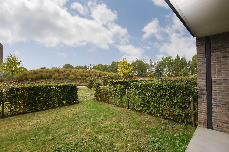 Recent gelijkvloers appartement met twee slaapkamers en tuin te Wijnegem! afbeelding 2