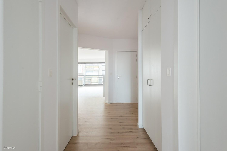 Volledig vernieuwd appartement (+/- 100 m²) met 2 slaapkamers en 2 terrassen te Deurne! afbeelding 7