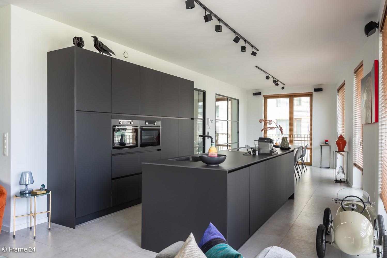 Riant luxe-appartement (160 m²) op het hippe Nieuwe Zuid te Antwerpen! afbeelding 5