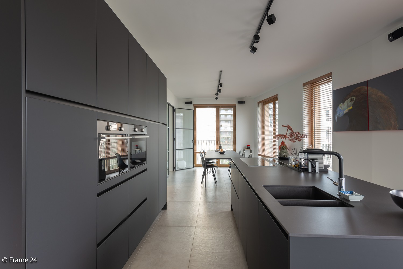 Riant luxe-appartement (160 m²) op het hippe Nieuwe Zuid te Antwerpen! afbeelding 7