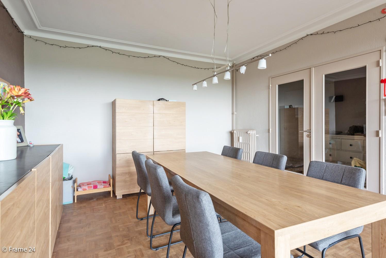 Verzorgd appartement met twee slaapkamers, terras en zicht op het Rivierenhof! afbeelding 6
