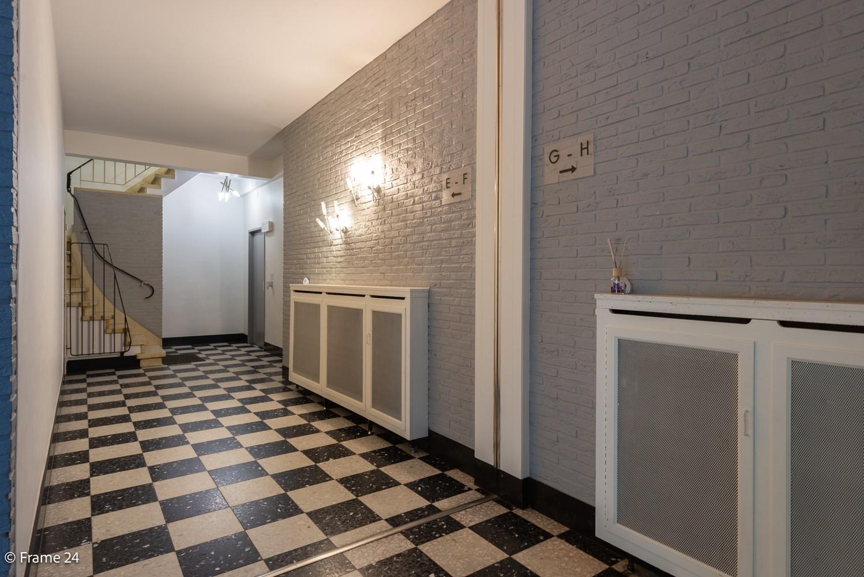 Verzorgd appartement met twee slaapkamers, terras en zicht op het Rivierenhof! afbeelding 14